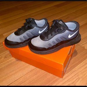 Nike Air. Black & Gray. Size 10c. (Toddler 10)